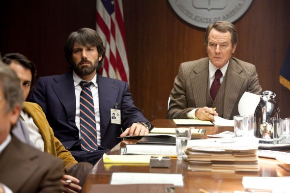 bryan-cranston-cia-director-in-argo-with-ben-affleck-images